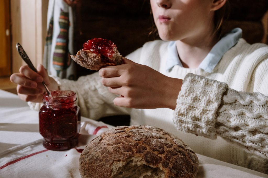 bread processing and baking workshops - ideas for new attractions in agritourism